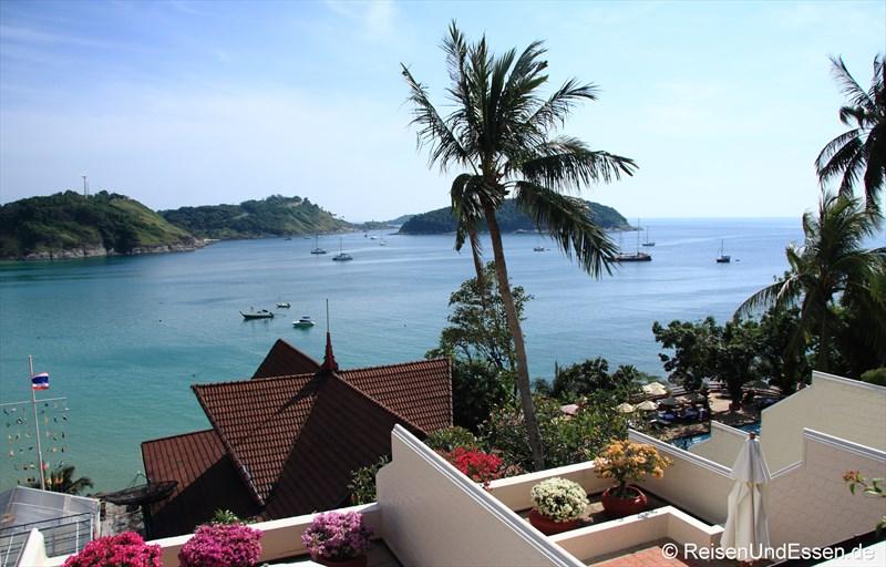 Blick auf die Bucht von Nai Harn