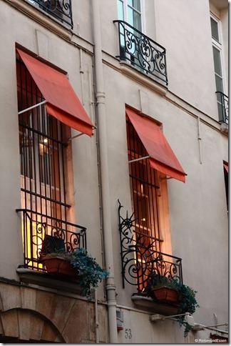 Paris 083r