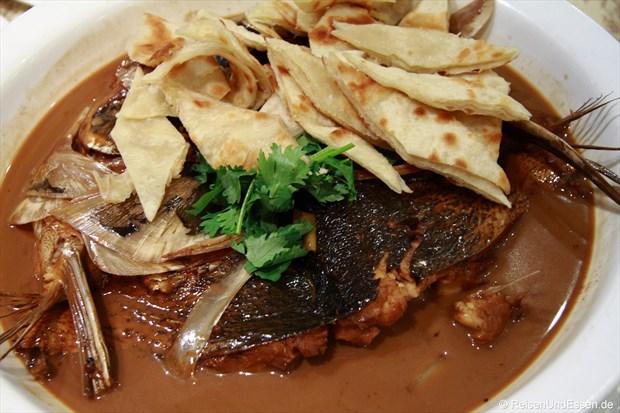 Fisch mit Pfannkuchenstreifen