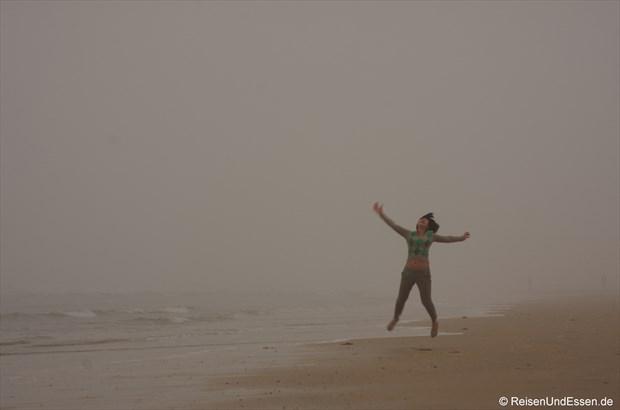 Rushan - Sprünge am Strand