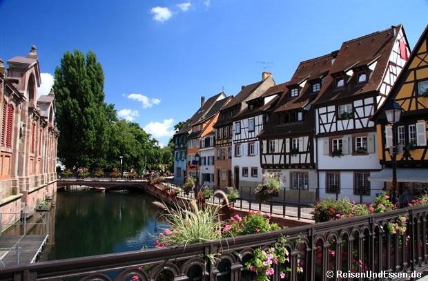 Colmar - Die Lauch und Rückseite der Markthalle