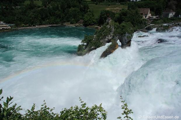 Schweiz - Rheinfall mit Regenbogen
