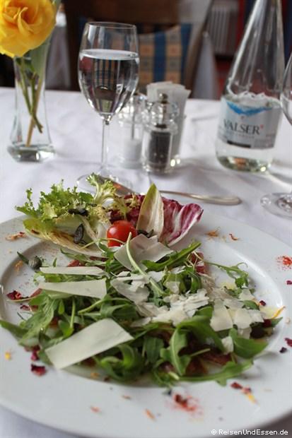 Hotelrestaurant - frischer Blattsalat