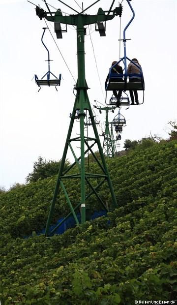 In Boppard mit der Sesselbahn über die Weinreben