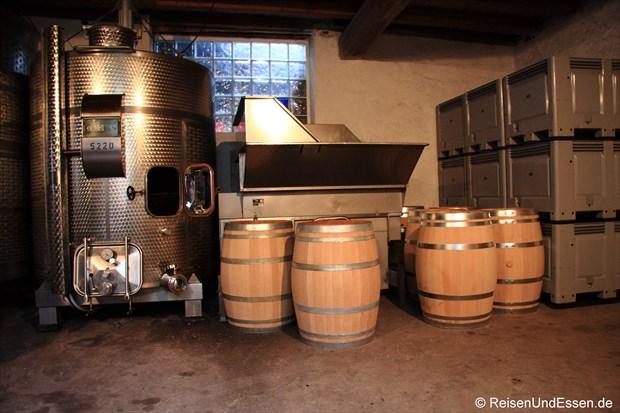 Weinverarbeitung im Weingut Fries