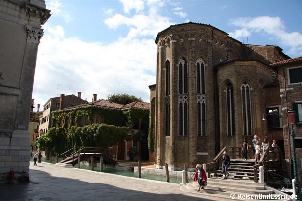 Von der Basilica Richtung Guggenheim Museum
