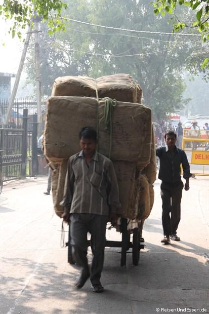 Lastenkarren in Old Delhi