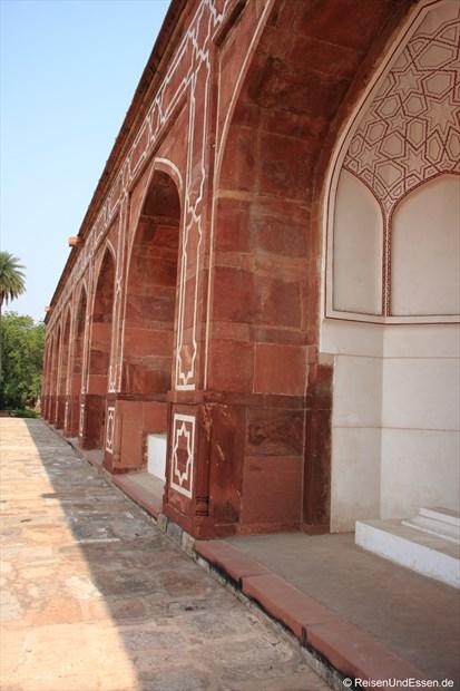 Bögen am Humayun Mausoleum