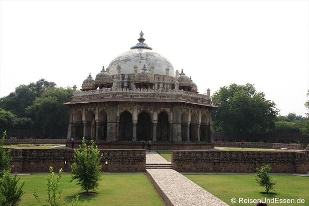 Blick auf das Isa Mausoleum