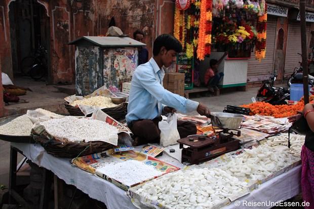 Verkauf von Süssigkeiten in Jaipur