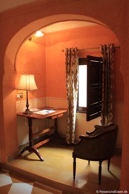 Samode Haveli - Schreibtisch in unserer Suite