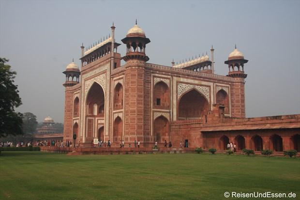 Haupttor zum Taj Mahal