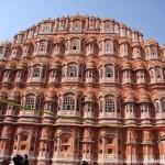 Observatorium und Stadtpalast mit Palast der Winde in Jaipur
