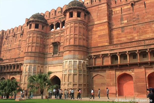 Eingangstor zum Roten Fort in Agra