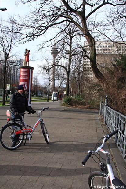 Auf dem Weg zur Rheinpromenade