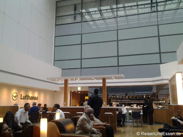 Lufthansa Lounge in Delhi
