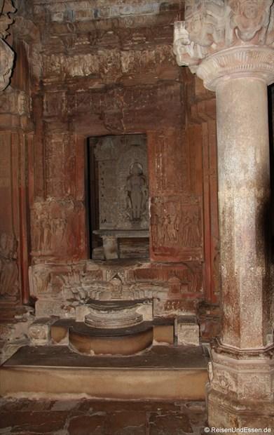 Im Innern des Kandariya-Mahadeva-Tempel von Khajuraho