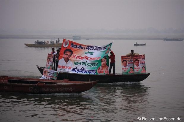 Wahlkampf auf dem Ganges in Varanasi