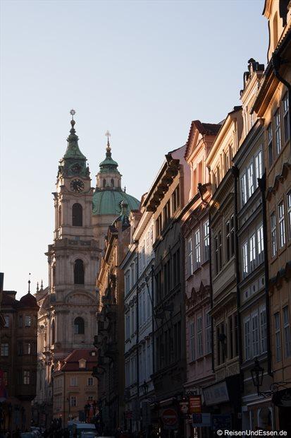Blick auf die St. Nicholas Kirche