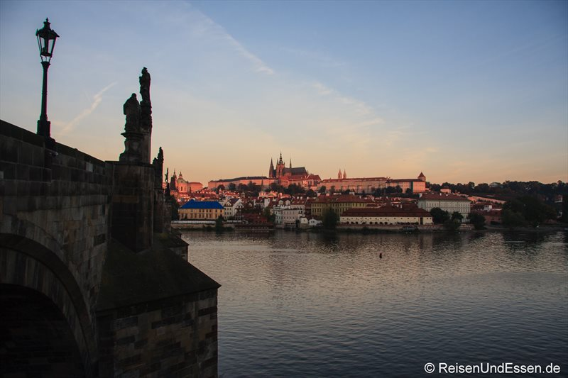 Prager Burg im morgendlichen Licht