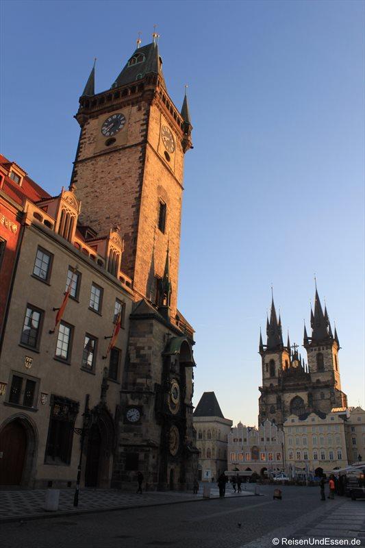 Prager Rathaus und Teynkirche