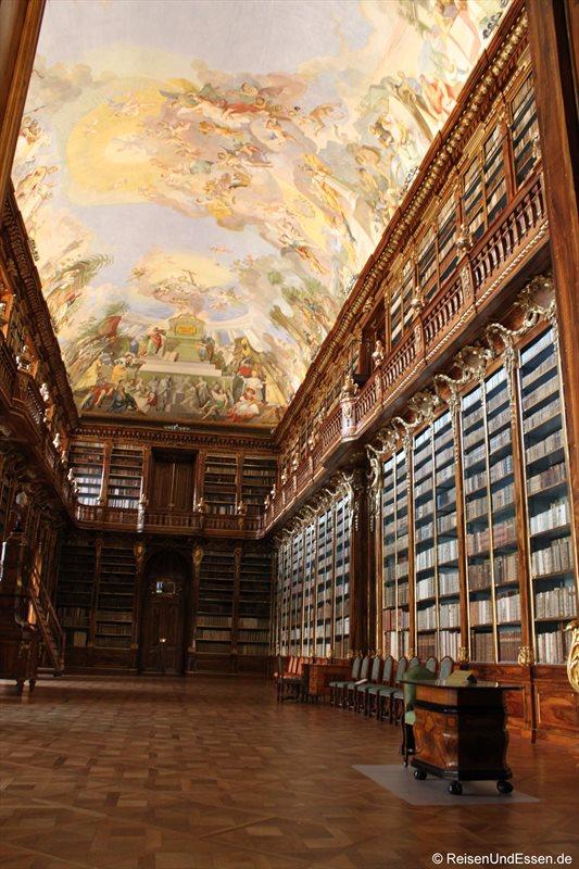 Philosophischer Saal in der Bibliothek im Kloster Strahov