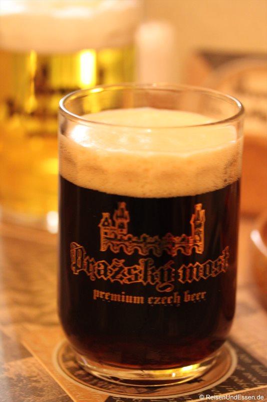Restaurant Pražský Most - Dunkles Bier