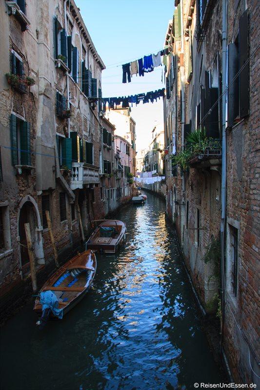 Venedig 232r Kanal