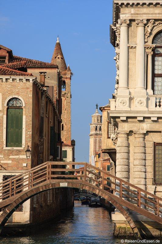 Venedig 501r Brücke Kanal Venedig
