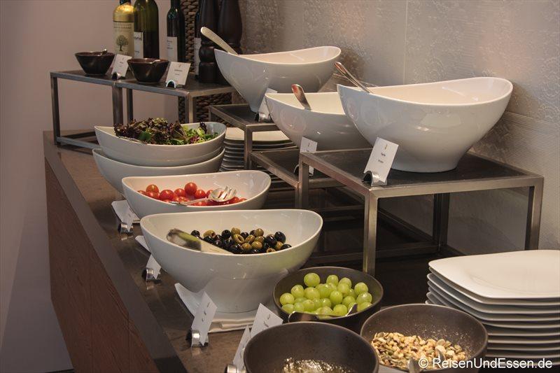 Auswahl an Salaten im 3'60° Restaurant