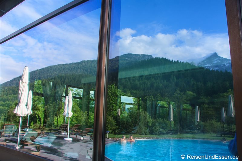 Spiegelung im Mountain Spa im Intercontinantal Berchtesgaden Resort
