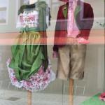 Schaufenster mit Tracht in Berchtesgaden