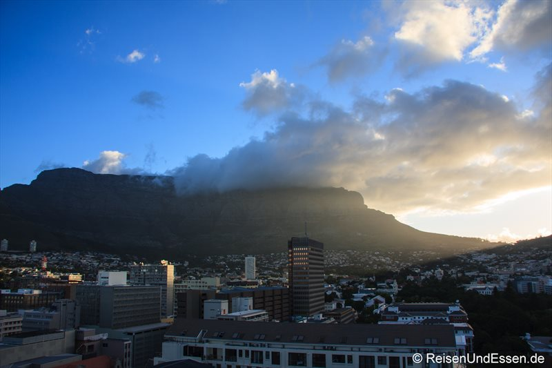 Erster Blick vom Appartement auf den Tafelberg