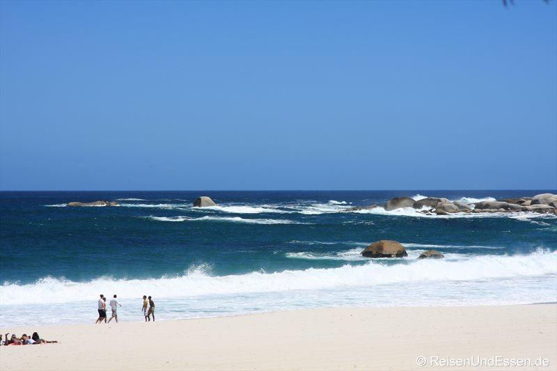 Strand und Meer bei Camps Bay