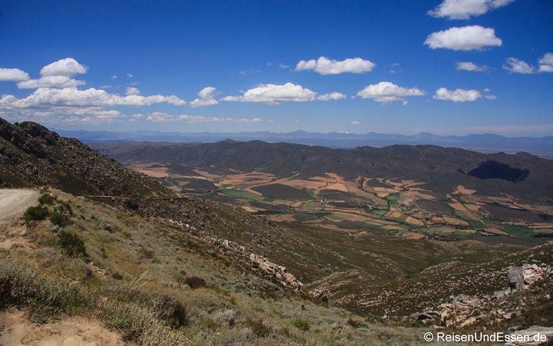 Blick vom Swartberg Pass auf die Kleine Karoo