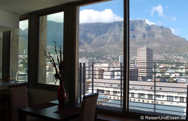 Blick vom Appartement in Kapstadt auf Tafelberg