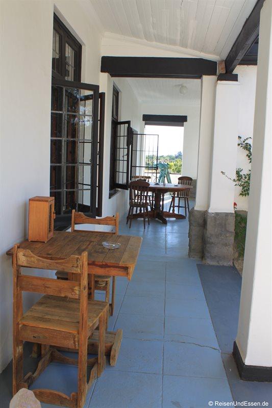 Terrasse vor unserem Zimmer in der Karoo Lodge
