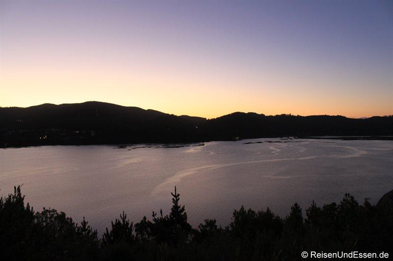 Sonnenuntergang in der Lagune von Knysna