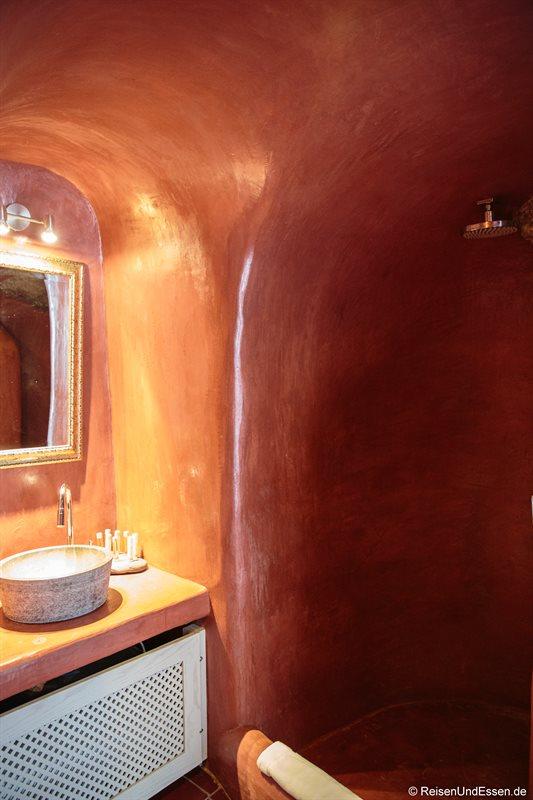 Bad in der oberen Etage in der White Pearl Villa