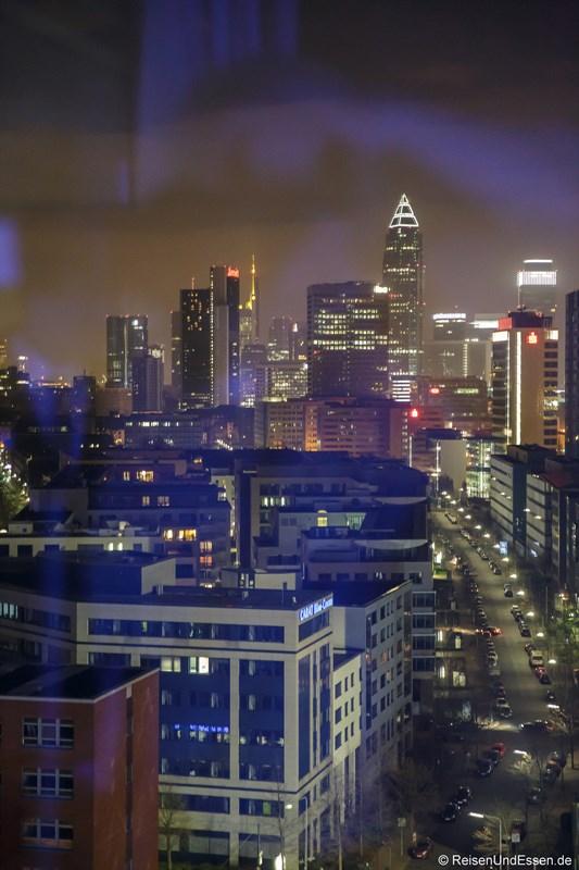 Blick vom Business Eckzimmer auf die Skyline Frankfurt