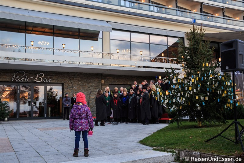 Chor zur Eröffnung des stillen Advent