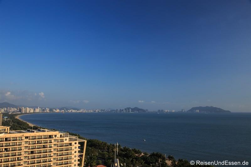Blick auf die Bucht von Sanya
