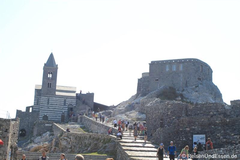 San Pietro und das Kastell