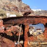 Verrostetes in der Bucht von Armeni