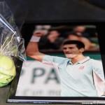 Signierter Tennisball von Novak Djokovic