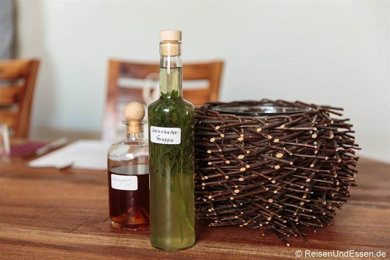 Weinrauten-Grappa und Likör