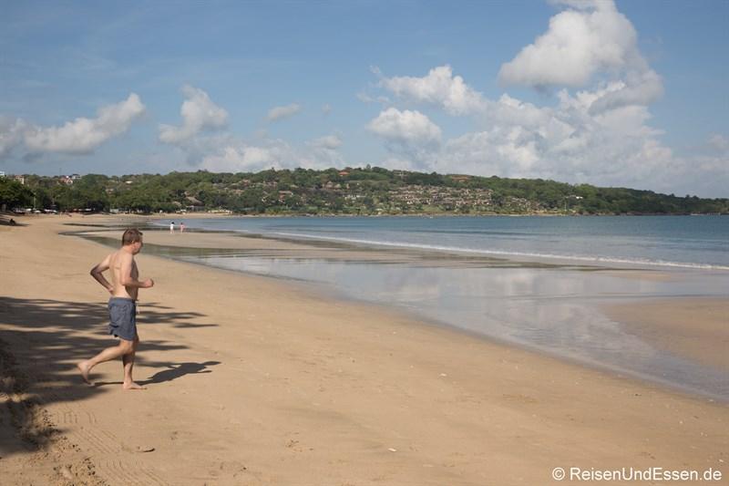 Strand von Jimbaran auf Bali