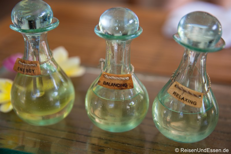 Auswahl an Ölen in den Spa Villa Retreats
