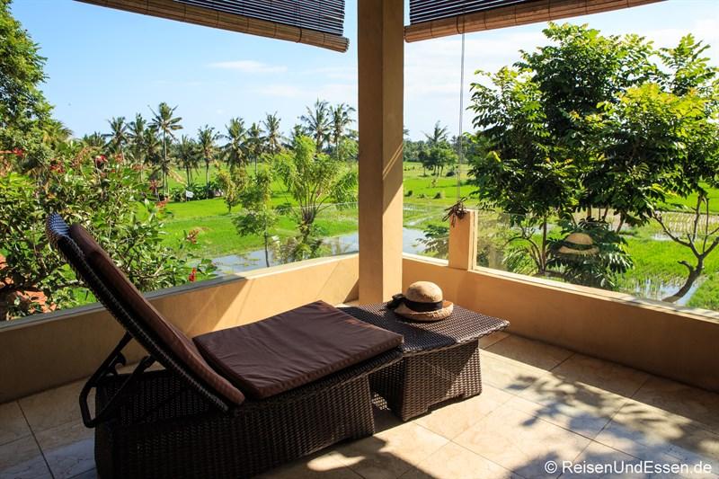 Balkon mit Blick auf Reisfelder
