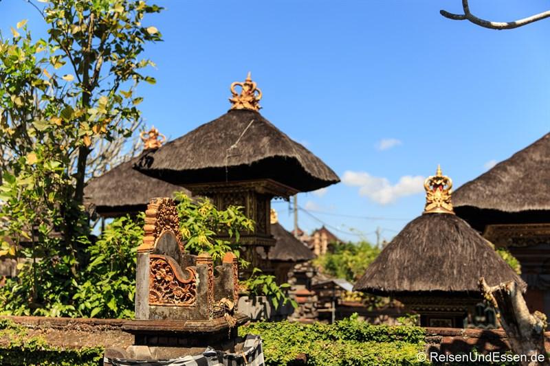 Blick auf Tempelanlage in Ubud